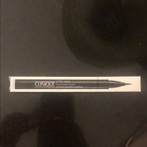 Clinique pretty easy eyeliner NWT